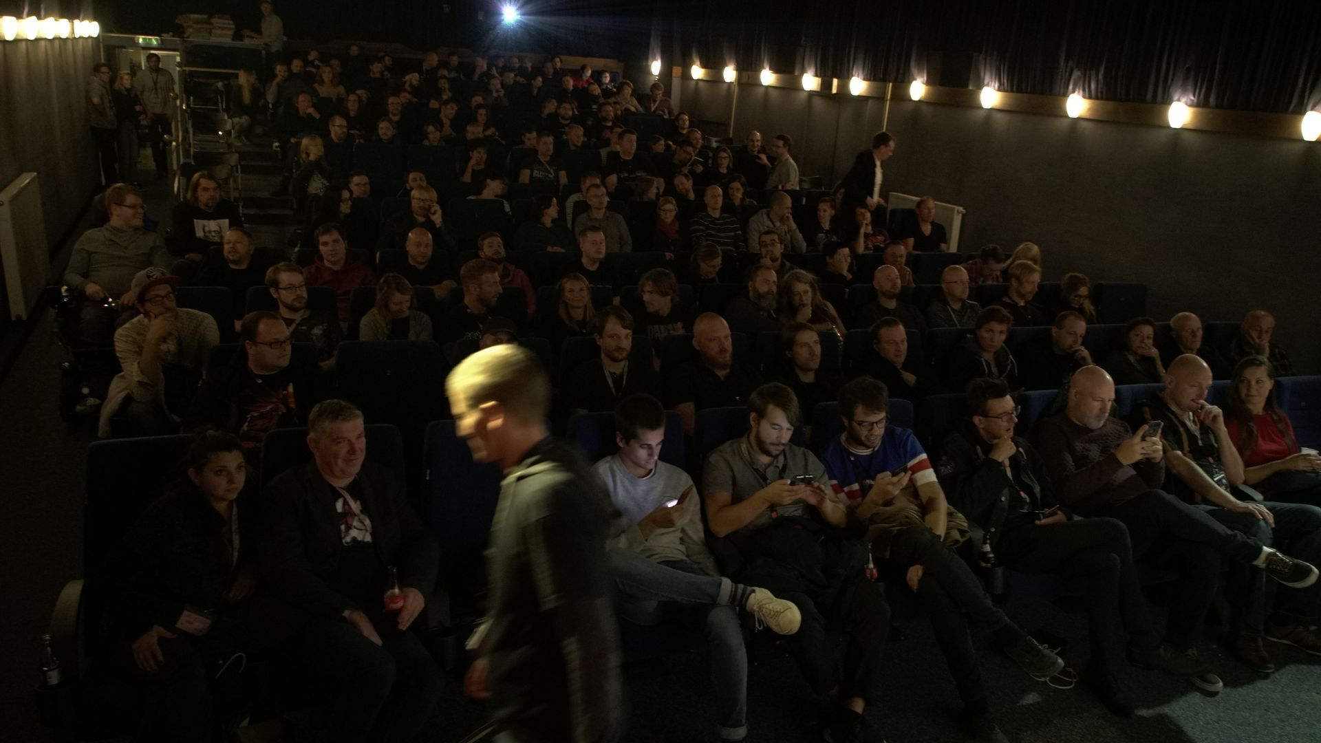 23 - Closing Night, Audience, norm